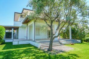 Villa Reggio : Вид снаружи