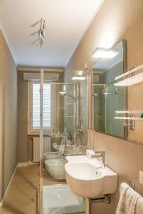 Villa Reggio : Ванная комната с душем