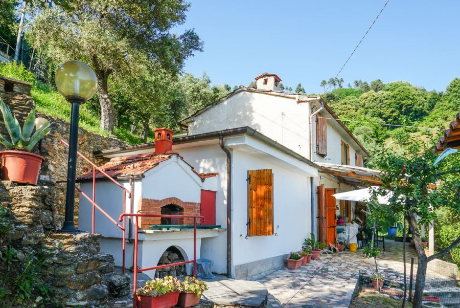 Rustico Strettoia Vista Mare - Country house For Sale Seravezza