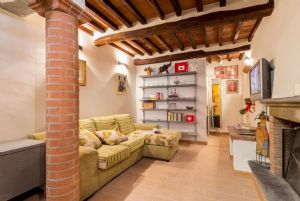 Appartamento Canova : apartment for sale Centro Storico Pietrasanta