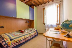 Appartamento Canova : спальня с односпальной кроватью
