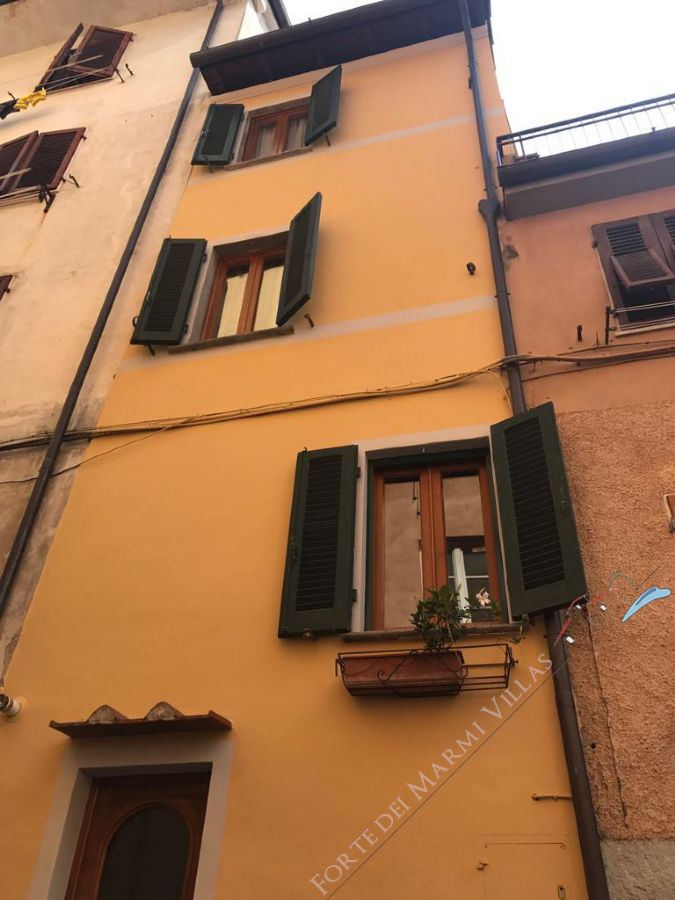 Appartamento Canova apartment for sale Pietrasanta
