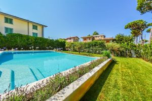 VILLA CHAMPION MARINA  : Swimming pool