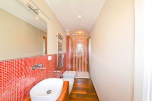VILLA CHAMPION MARINA  : Bathroom with shower