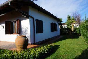 Villa dei Mille : Outside view