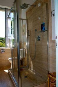 Villa Moratti : Bagno con doccia