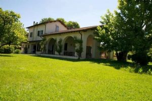 Villa Moratti : detached villa to rent Roma Imperiale Forte dei Marmi