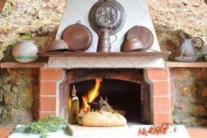 Villa Campagna di Camaiore : Fireplace