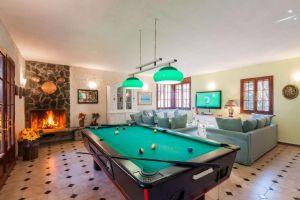 Villa Campagna di Camaiore : Billiards