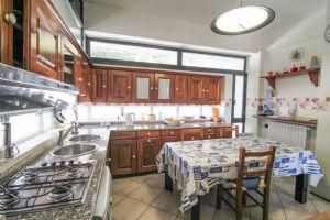 Villa Best View : Кухня