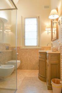 Villa Lina : Bagno con doccia