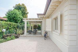 Villa Lina : Vista esterna
