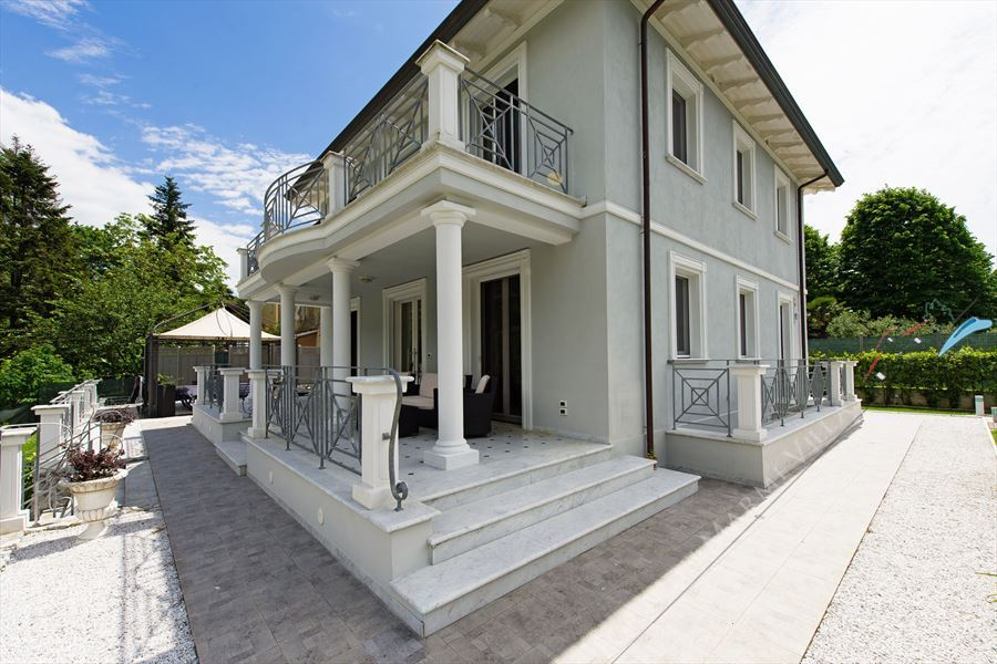 Villa Cherry - Detached villa Camaiore