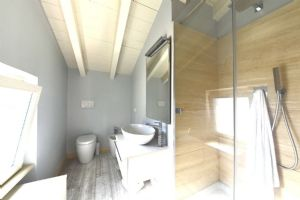 Villa Romanza : Ванная комната с душем