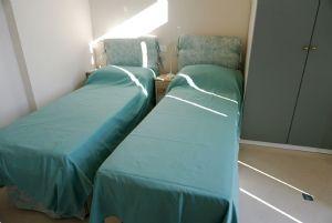 Villa Miriam : спальня с двумя кроватями