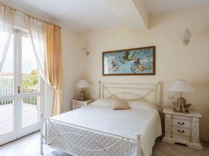 Villa Laguna : хозяйская спальня