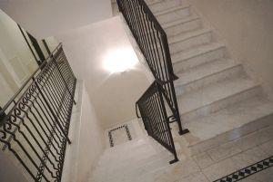 Appartamento Giustino : Scale di marmo