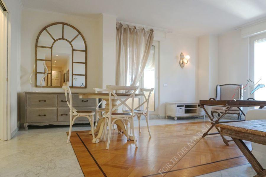 Appartamento Giustino Апартаменты Продажа Виареджио