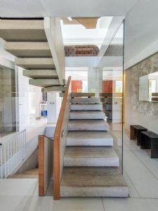 Villa Luce : Scale di marmo