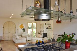 Villa Girasole : Kitchen