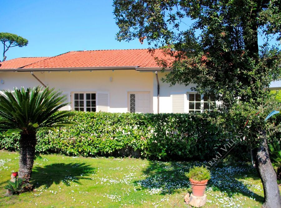 Villa Alex - Detached villa To Rent Forte dei Marmi