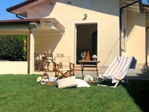 Villa Alex : Outside view