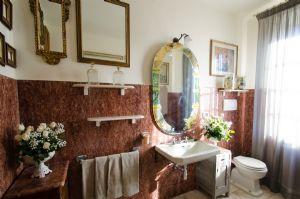 Appartamento Hanna : Ванная комната с ванной