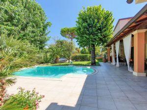Villa Le Tre Marie : Piscina