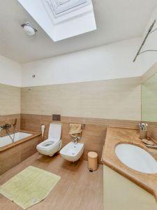 Villa Le Tre Marie : Bagno con vasca