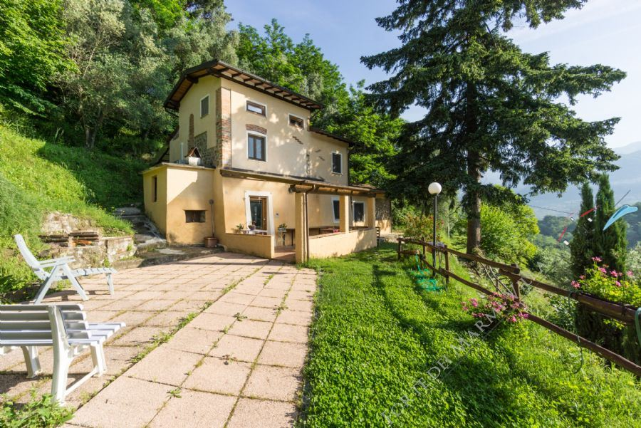 Villa Camaiore Hills Detached villa  for sale  Camaiore