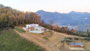 Villa Moderna : detached villa for sale  Massarosa