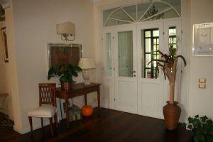 Villa Sara : Vista interna