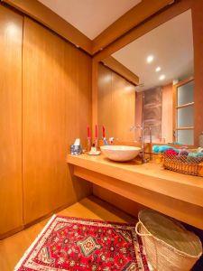 Villa Ginevra : Ванная комната с душем