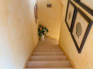 Villa Ginevra : мраморная лестница