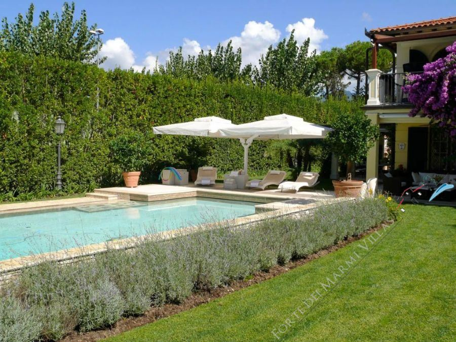 Villa Diadema Detached villa  to rent  Forte dei Marmi