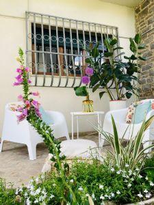 Villa Yoga : semi detached villa to rent  Forte dei Marmi