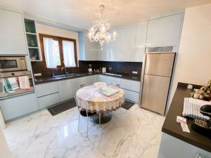 Villa Champenoise : Kitchen