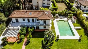 Villa Champenoise : Outside view