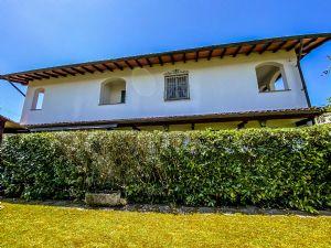 Bifamiliare Il Cinquale villa bifamiliare in vendita  Cinquale