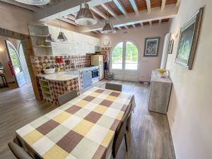 Villa Horse : Sala da pranzo