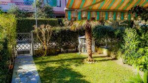Villa Bigi villa a schiera in vendita  Forte dei Marmi