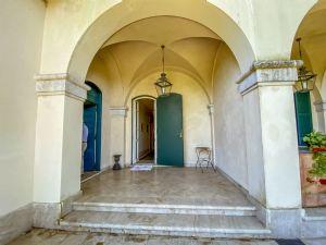 Villa Visconti : Outside view