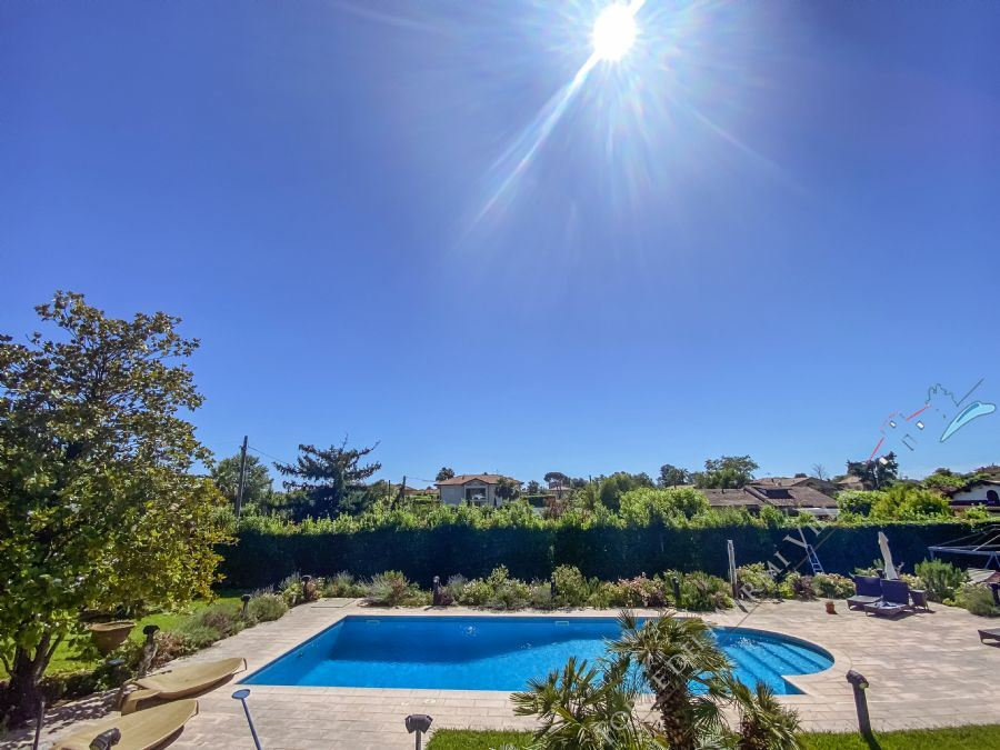 Villa Water detached villa to rent Forte dei Marmi