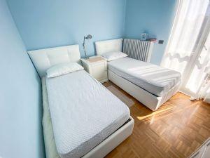 Villa Water : спальня с двумя кроватями