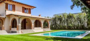 Villa Santa Lucia : Отдельная вилла Аренда  Марина ди Пьетрасанта