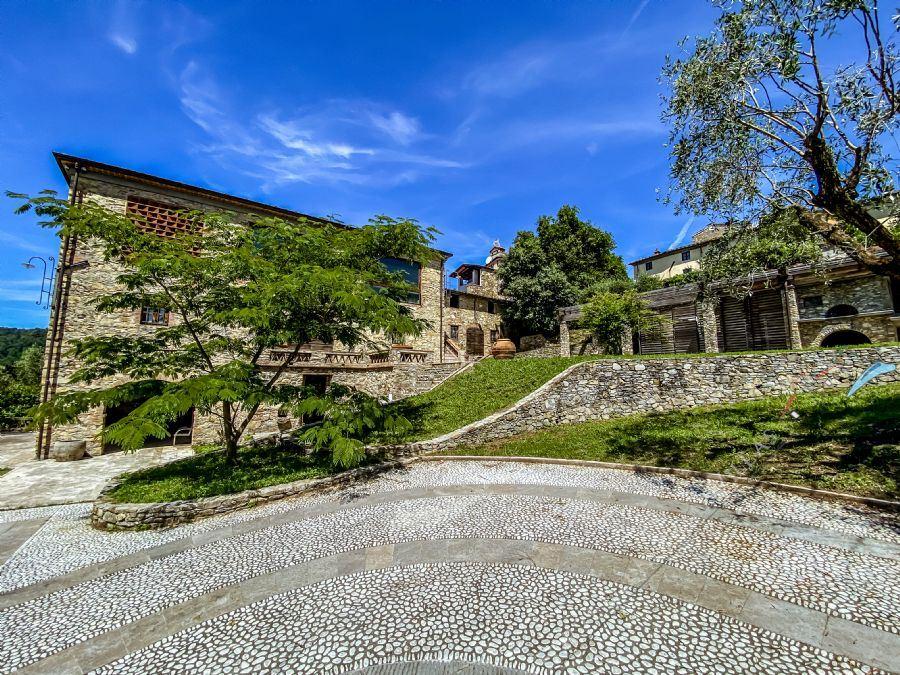 Villa Petra rustico in vendita Massarosa