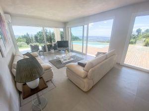 Villa Emotion View : Гостиная