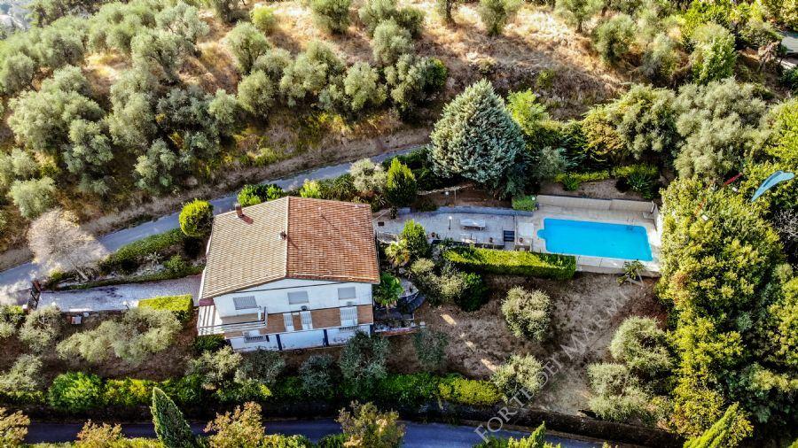 Villa Montebello 1 - Detached villa For Sale Camaiore