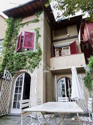 Villa Capannina   villa a schiera in affitto centro Forte dei Marmi