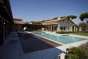Villa Lorenza  : Villa singola in affitto Forte dei Marmi